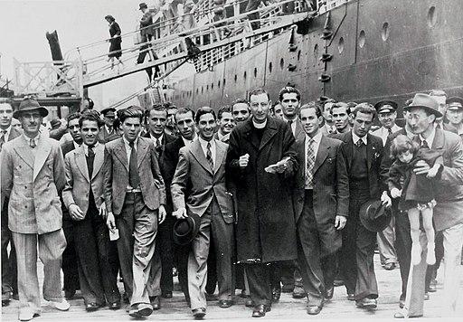 Maltese migrants arriving 1948.