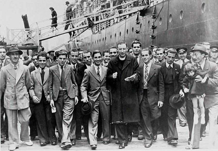 Maltese migrants arriving 1948.