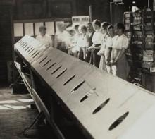 Workers at Kodak ready for the INHALATORIUM, 1919